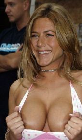 Nahá Jennifer Aniston. Fotka - 33