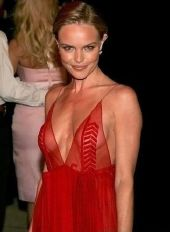 Nahá Kate Bosworth. Fotka - 6